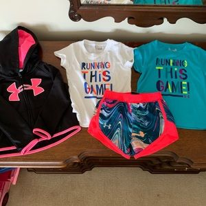 Under Amour girls 2T bundle 2 t,shorts and hoodie